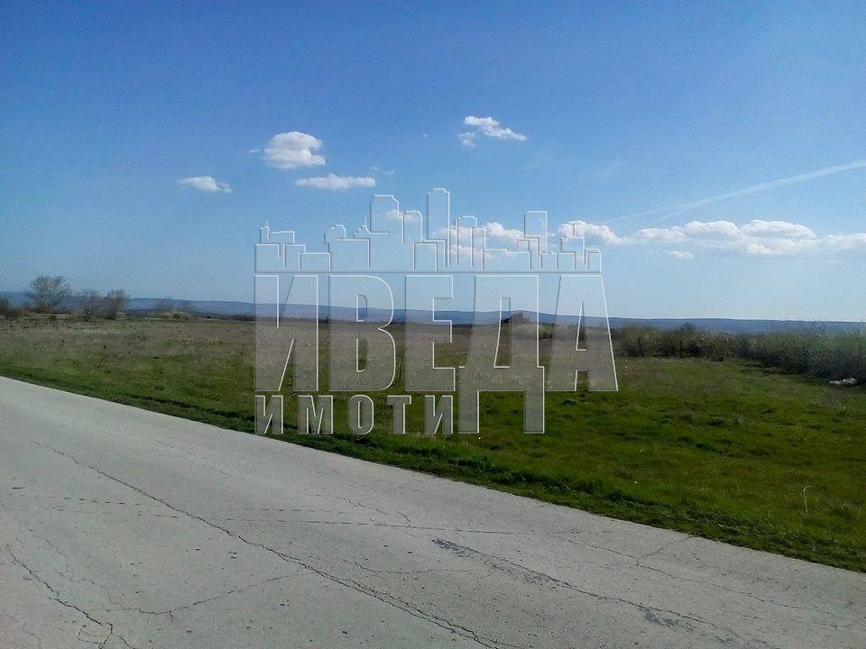Парцел - Варна, област, с.Слънчево