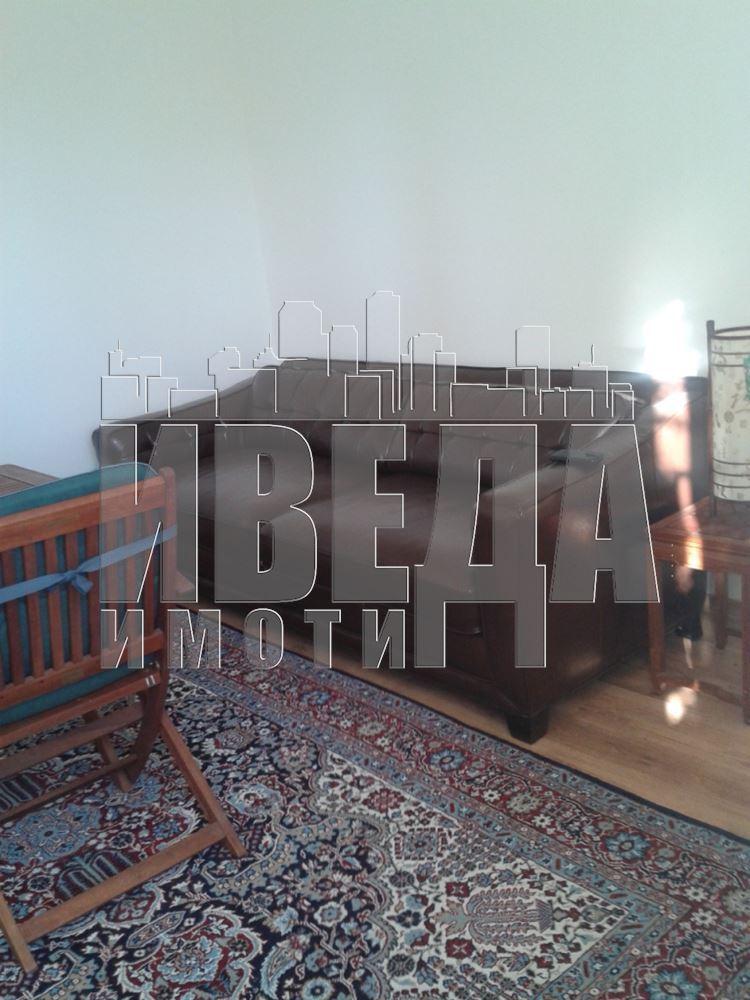 Къща - Варна, област, с.Равна гора