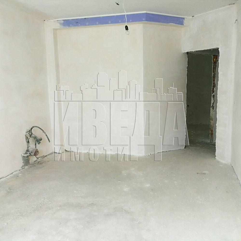 Двустаен апартамент Възраждане-м-ст