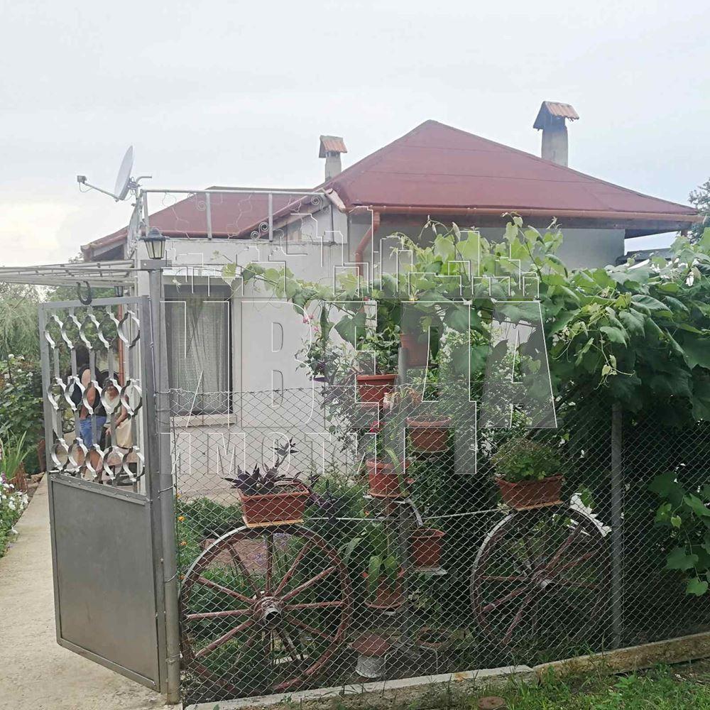 Къща с.Левски-обл.Варна
